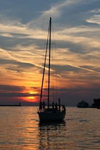 sailing-boat-377912_640